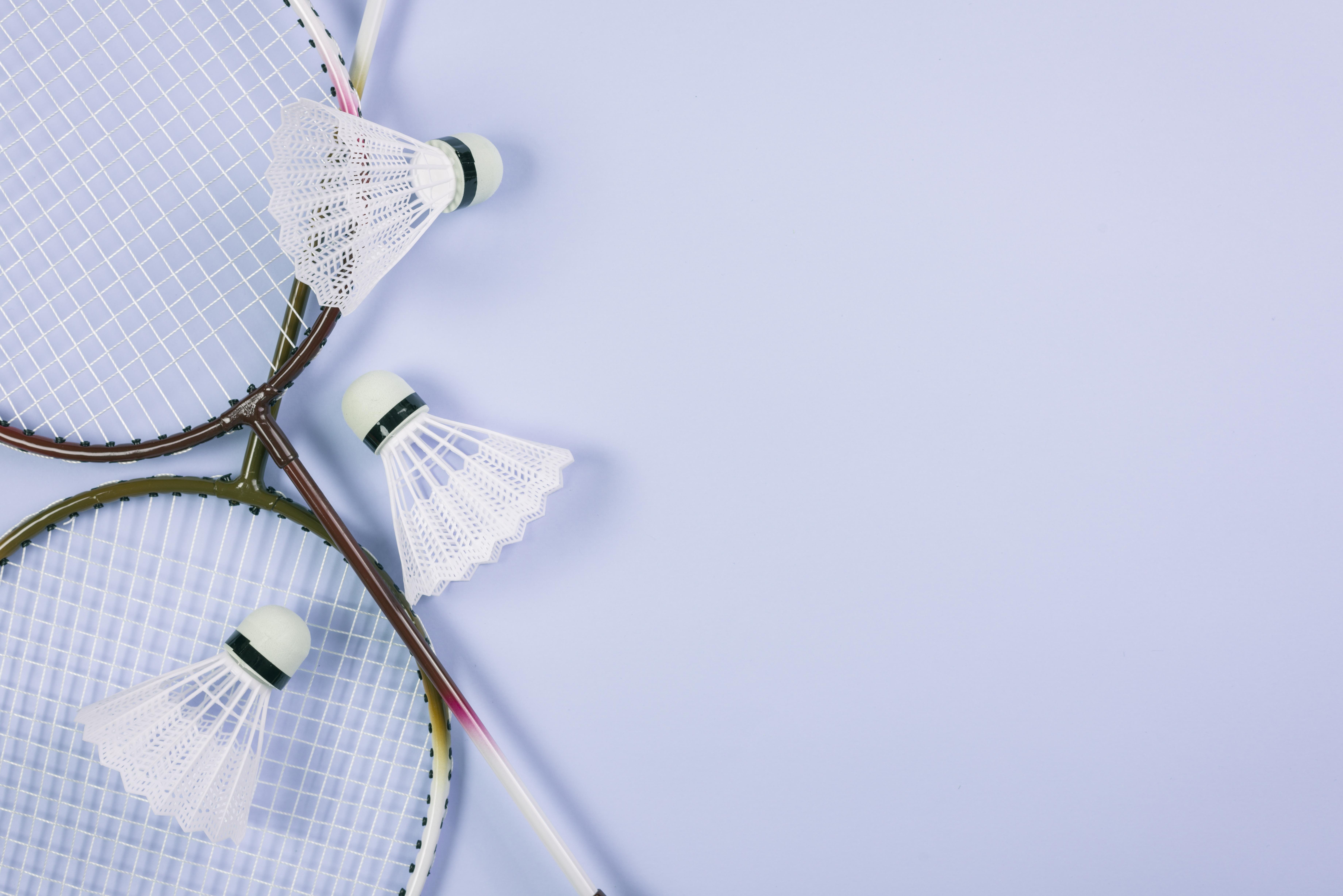 God start på varmen med badmintonbolde